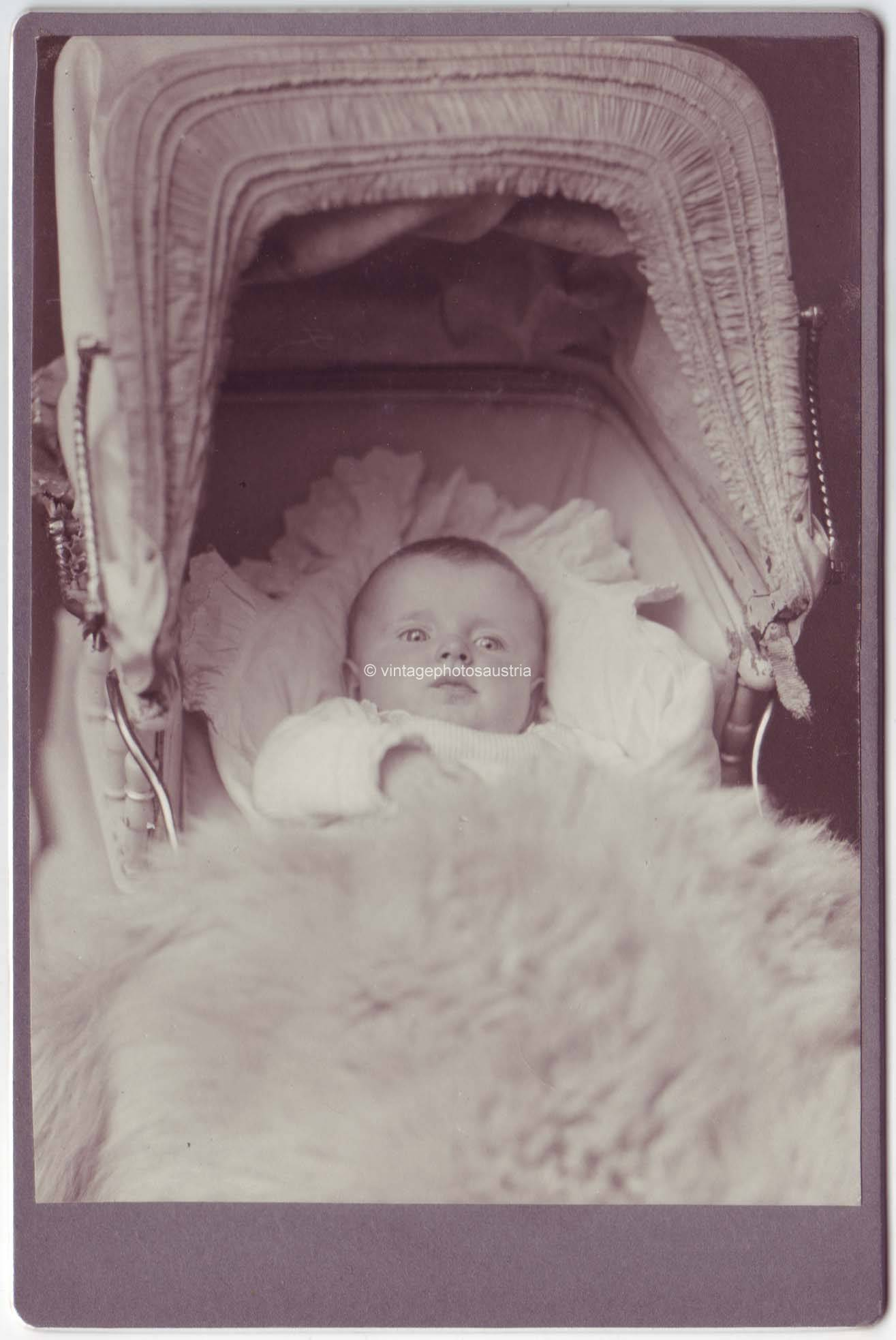 kabinettfoto baby im kinderwagen foto um 1900 ebay. Black Bedroom Furniture Sets. Home Design Ideas